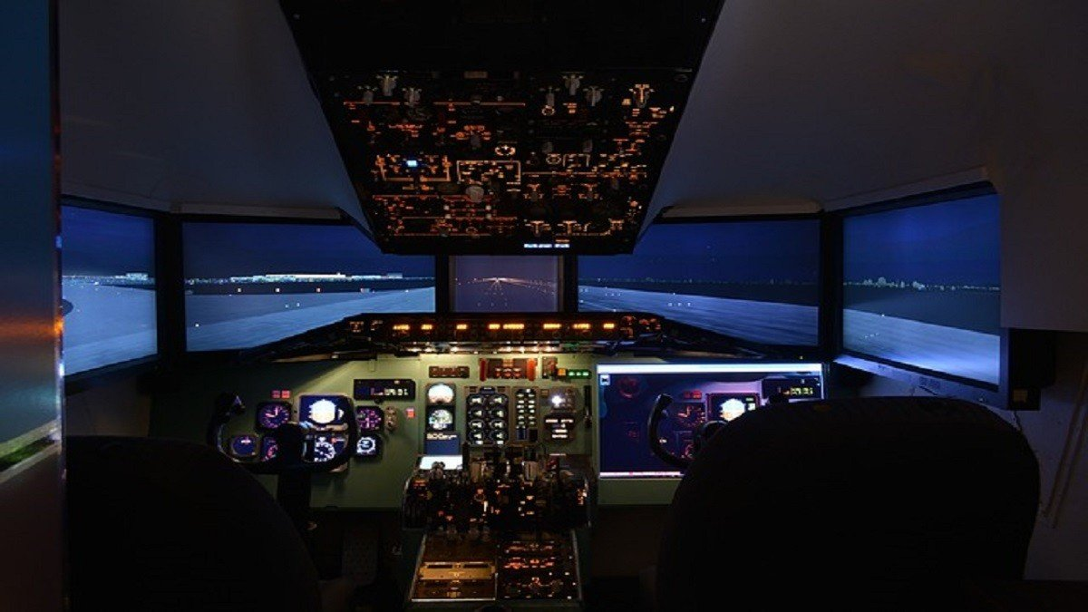 airlines dim lights